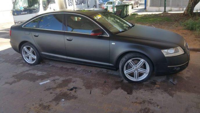 ציפוי שחור מט לרכב Audi A6 Quattro – מדבקה במקום צבע