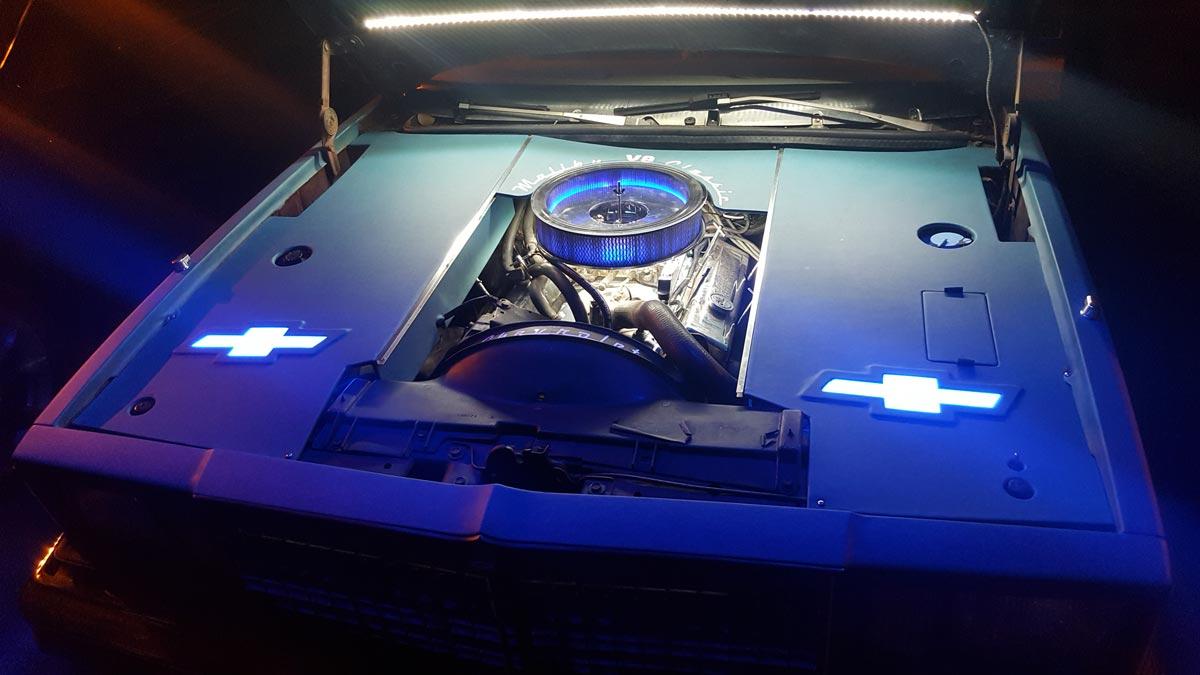 תאורה מתחת למכסה מנוע 1